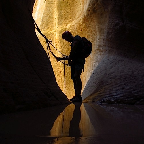 guided canyon trips and canyoneering courses
